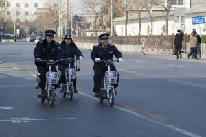 Politi til scooter