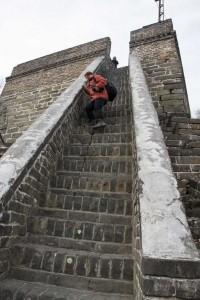 Helle-Karin Helstrand på muren ved Mutianyu