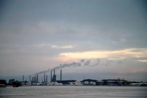 Industri ved frossen Limfjord