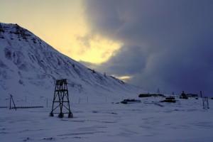 Skyer trækker sig sammen over Longyearbyen