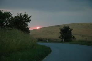 Solnedgang over mark, Bagenkop