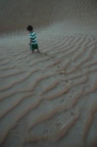 Toke ved solopgang i ørken