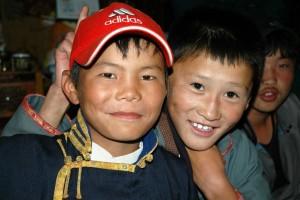 Unge drenge i Mongoliet