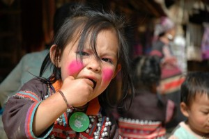 Langhalsede kvinder, Den gyldne Trekant, Thailand