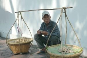 Nødder på bærestang, Bangkok