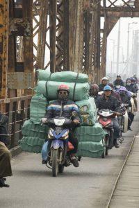 Læs på scooter, Hanoi