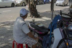 Frokost på scooter, Ho Chi Minh Byen
