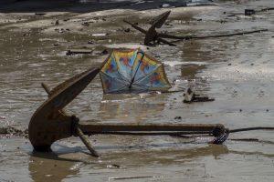 Anker og paraply, Quan Lan