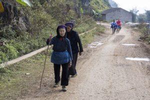 Tay-kvinder ved Ban Gioc