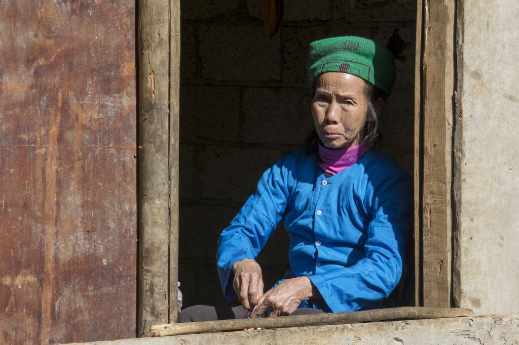 Tay-kvinde ved Ban Gioc